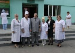 <p>Главный врач с заместителями</p>